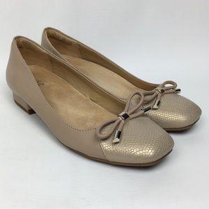 Naturalizer Sz 7.5W Tan / Metallic Leather Loafers